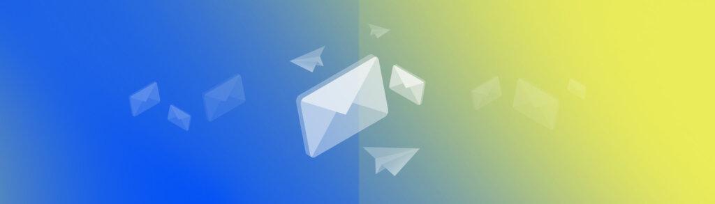 Une lettre avec des avions en papier